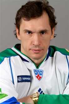 slava kozlov in Salavat colors